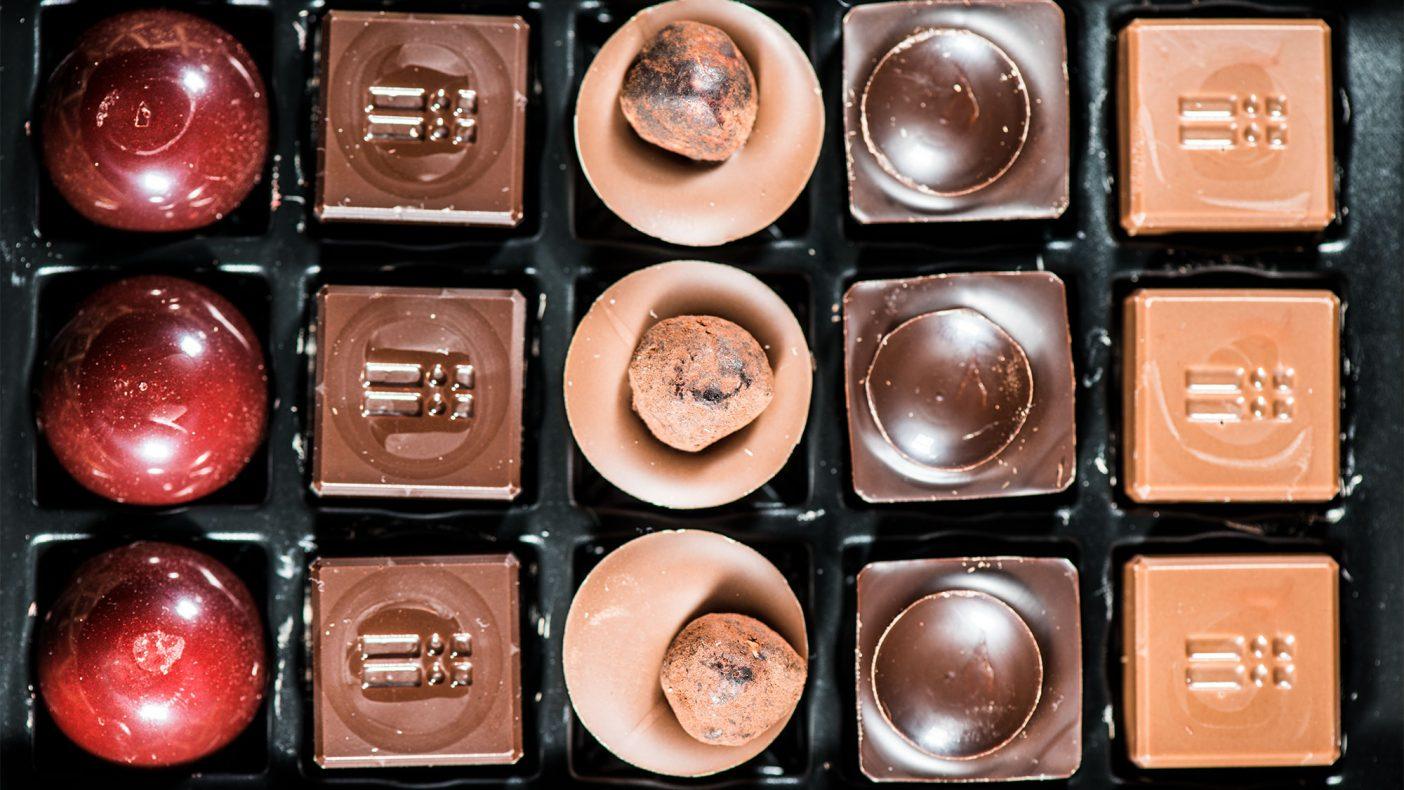 Sjokolade fra SebastienBruno er håndlaget og inneholder lite sukker. Resultatet er fransk konfekt med fyldig smak og en ettersmak som sitter lenge.