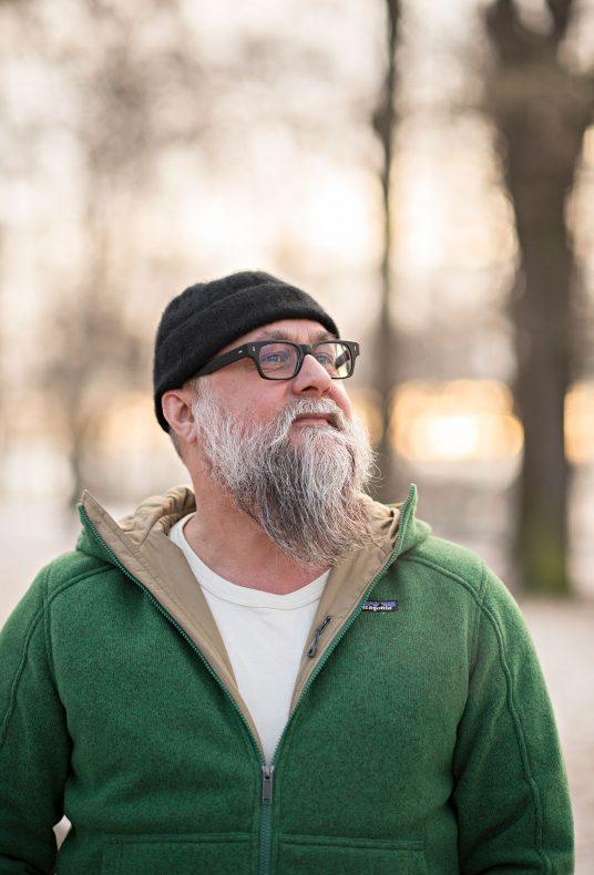 Eirik Sevaldsen i Lofthus Samvirkelag tar pizza på alvor.