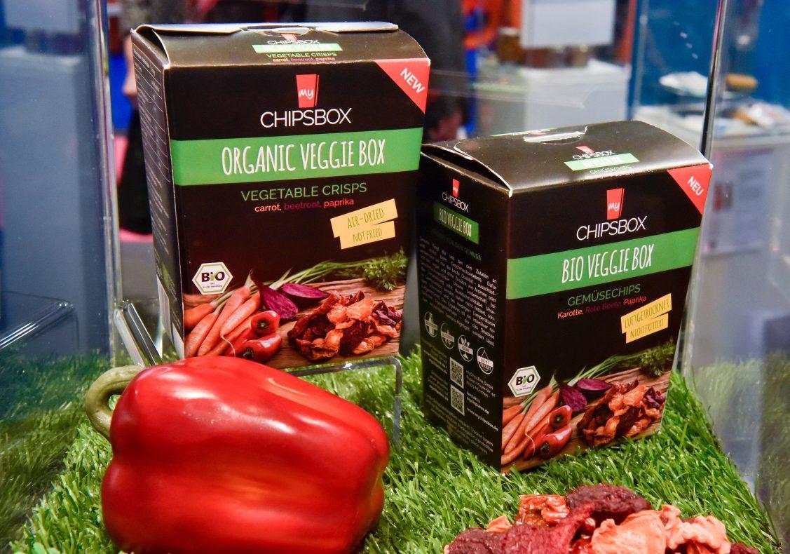 Selskapet ChipsBox har som mål å lage et sunnere alternativ til tradisjonelt potetgull, og denne nye grønnsakschipsen fikk god mottakelse på ISM i Köln. Foto: ISM