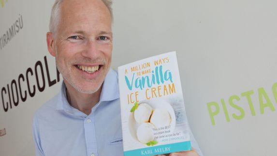 Ny bok om en million måter å lage vaniljeis