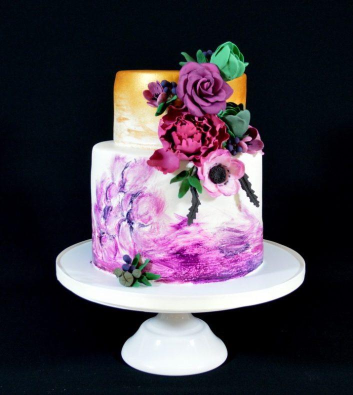 Kake som lerret: Her har Kate Kippersund funnet frem penselen og malt kaken med konditorfarge.
