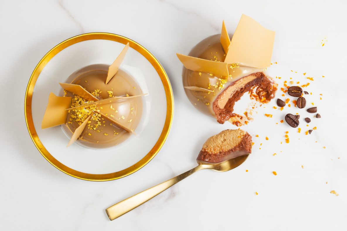 Et eksempel på bakverk laget med Callebauts nye sjokolade Gold Caramel.