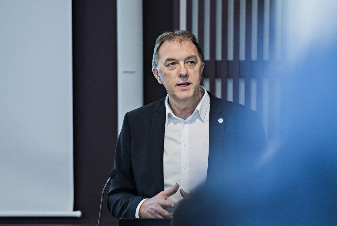 Gunnar Bakke i BKLF beklager at trepartssamarbeidet som bransjen har hatt i en årrekke, nå ser ut til å gå mot slutten.