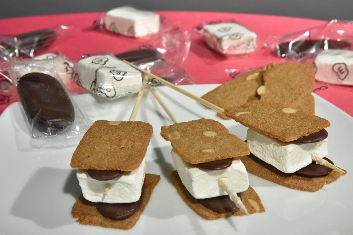 En av DIY-nyhetene var dette settet bestående av kjeks, marshmallows og sjokolade for å lage egne s'mores.