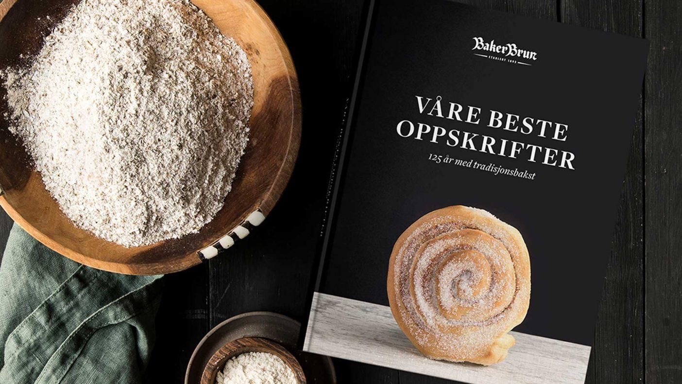 I anledning 125-årsjubileet har Baker Brun nylig gitt ut denne oppskriftsboken.