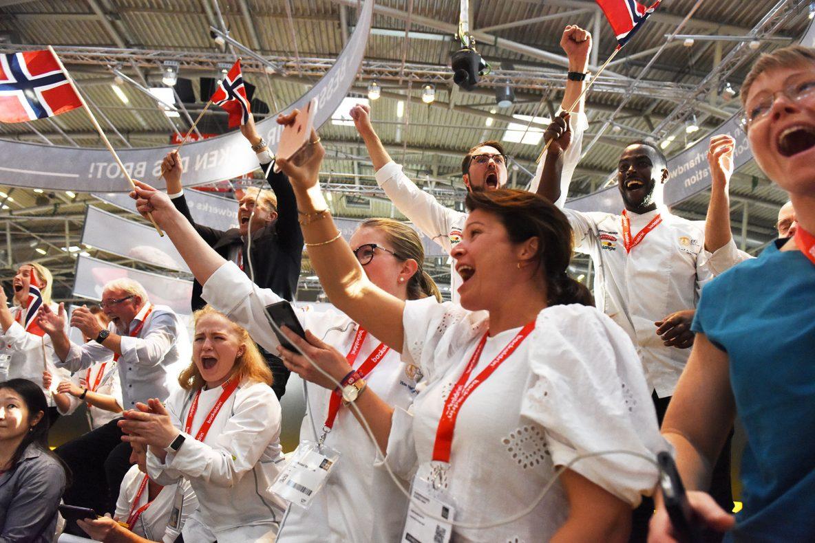 Det kokte på tribunen da Norge ut utropt som bronsevinner i VM for bakere.