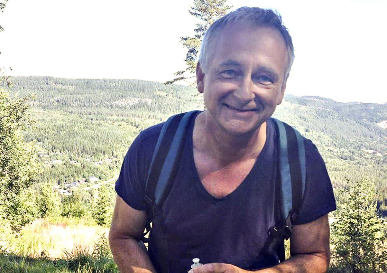 Helge Gjerdalen Holte er gründer av Bakeriet i Bagn. Bakeinteressen startet da han leste Morten Schakendas bakebok. Siden har det gått slag i slag.