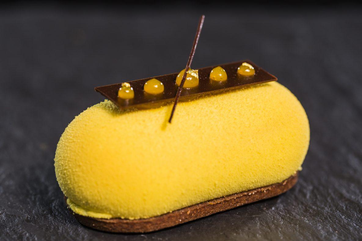 Et annet fargesterkt bidrag: Gunnlaugur Arnar Ingason fra La Glace kom på niende plass i Årets Kage med denne.