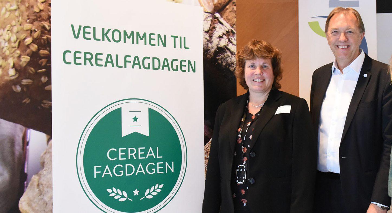 Kristin Hollung fra Nofima (t.v.), Gunnar Bakke fra Baker- og Konditorbransjens Landsforening (BKLF) og Torunn Nordbø fra Opplysningskontoret for brød og korn har stått i bresjen for Cerealfagdagen