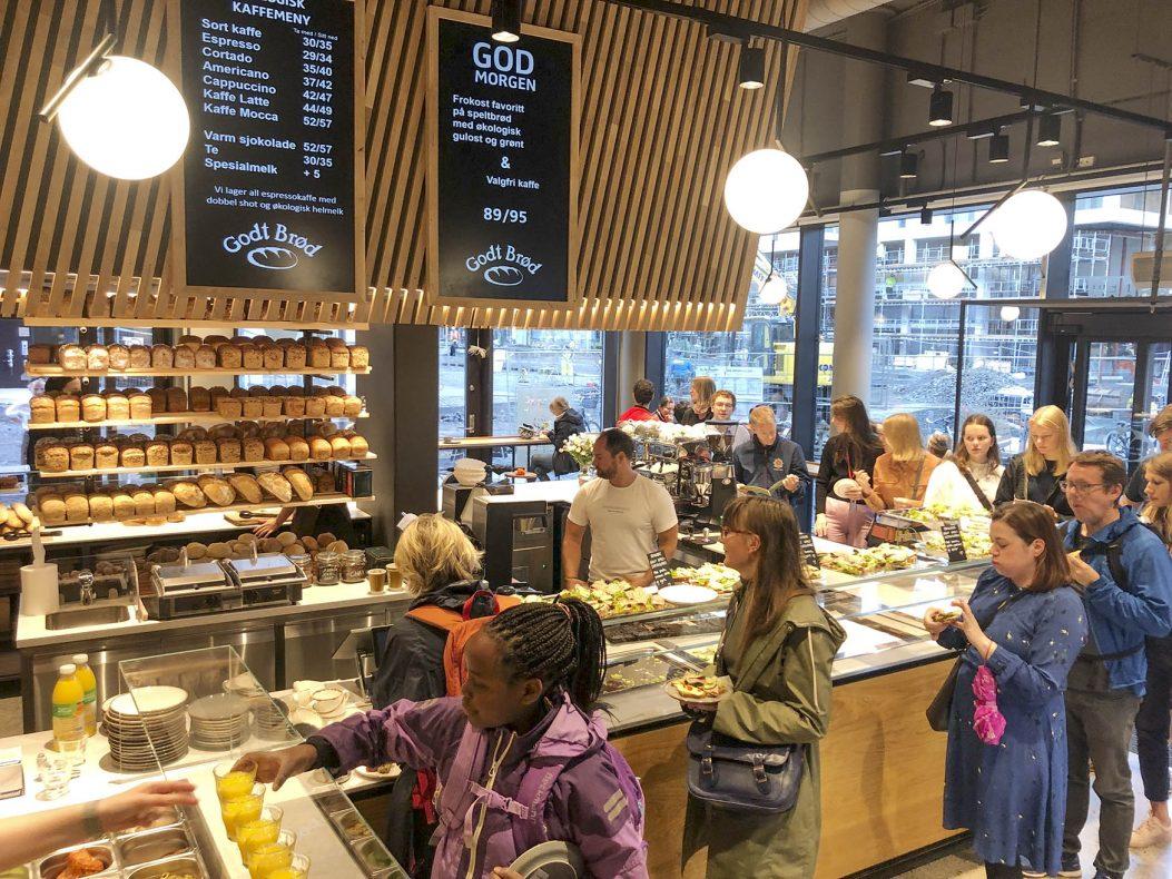 Godt Brød åpner bakerverksted nr. 21 i flotte omgivelser i Bjørvika, sentralt i Oslo.
