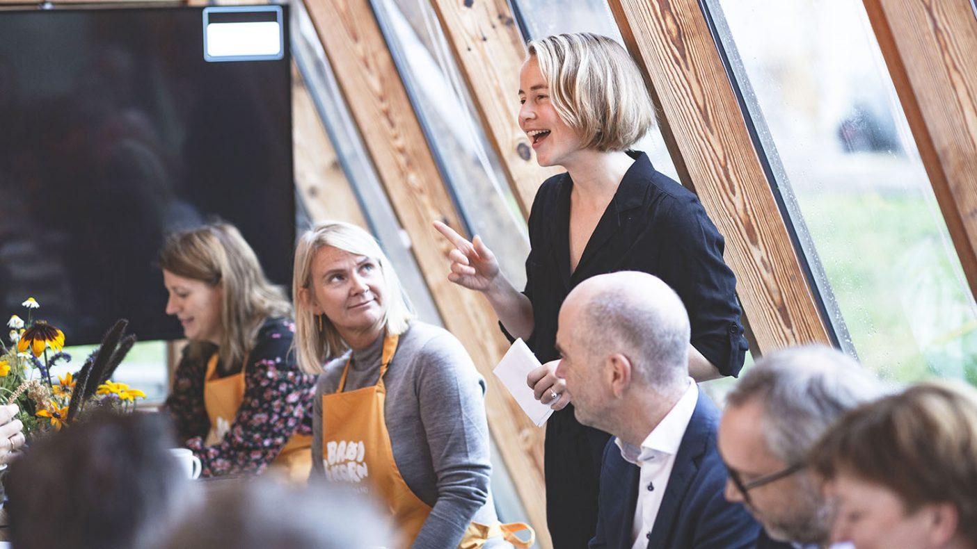 Anja Bakken Riise fra Framtiden i våre hender gjorde et poeng ut av at vi nordmenn ikke spiser så mye brød som vi tror.