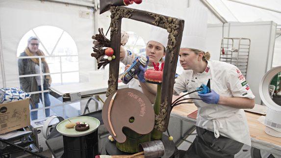 Vilde og Sunniva skal lage showpiece i kokke-OL