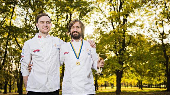 Fredrik og Nikolai gir seg