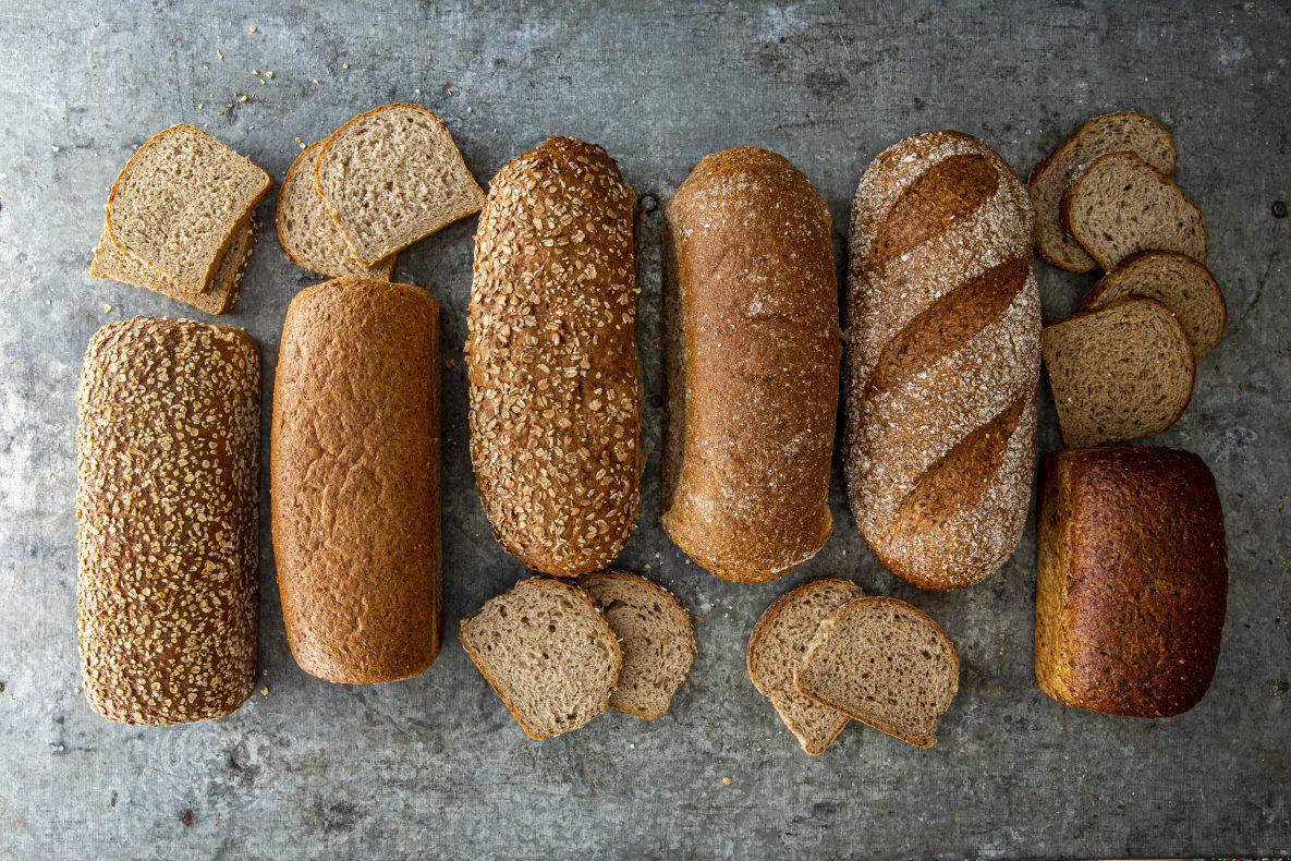 Den nye serien Våre Groveste består av seks ekstra grove og sunne brød.