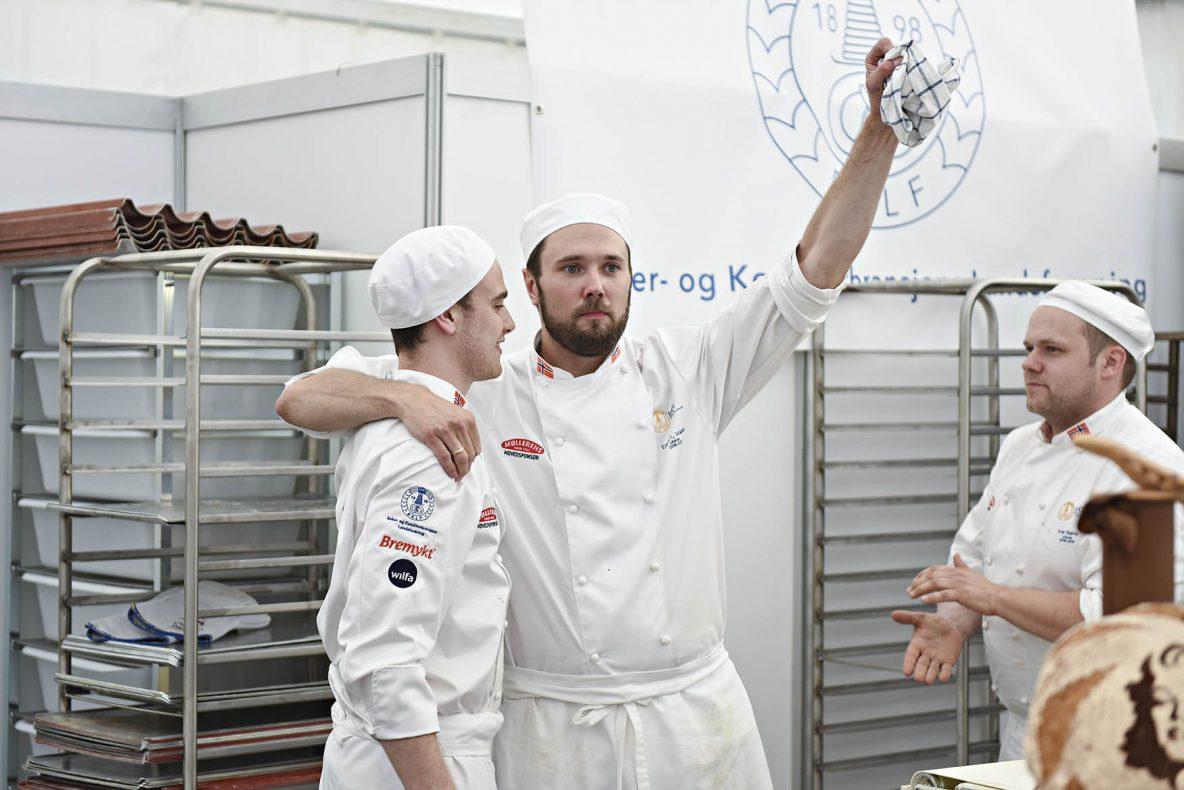 Erlend har lang erfaring fra landslaget, både som utøver og trener. Bildet er fra Nordisk 2016, og Erlend er sammen med kollegene Nikolai Meling og Ivar Bakke (t.h).