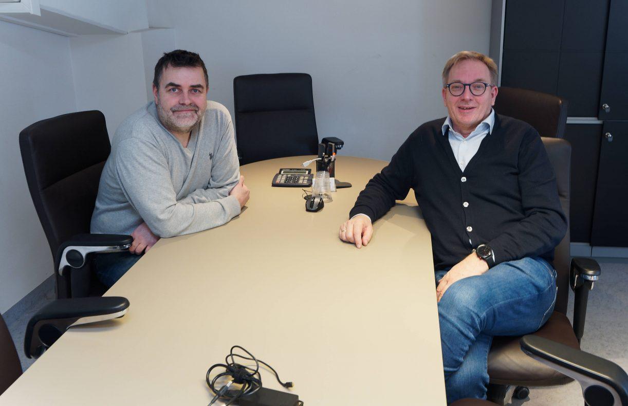 Bjørn-Tore Hansen (til venstre) og Jan Arild Vikestad mistet en stor kunde da Coop takket for seg fra nyttår.