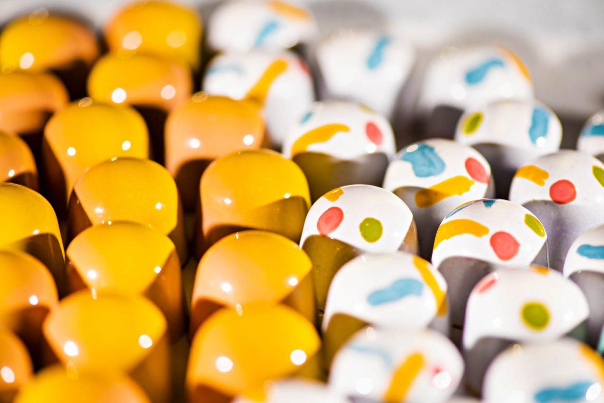 Åsta Tufto har erfaring som konditor fra The Fat Duck, en svært kjent restaurant. Nå skal hun satse på sjokolade hjemme i Norge.