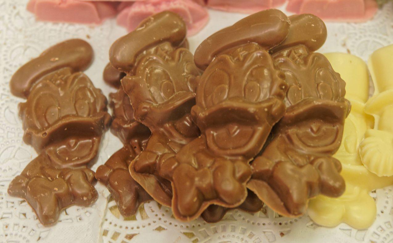 Storparten av Heimdal-sjokoladene er laget for voksne kunder, men det er viktig at barna også får sitt.